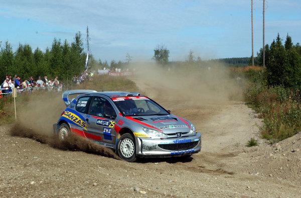2002 World Rally Championship.Neste Rally Finland, Jyvaskyla Finland, August 8-11th.Sebastian Lindholm on stage 1.Photo: Ralph Hardwick/LAT