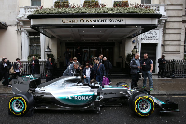 2015 British Racing Drivers Club Awards Grand Connaught Rooms, London Monday 7th December 2015 Lewis Hamilton's F1 Mercedes in the street outside the venue. World Copyright: Jakob Ebrey/LAT Photographic ref: Digital Image Mercedes-09