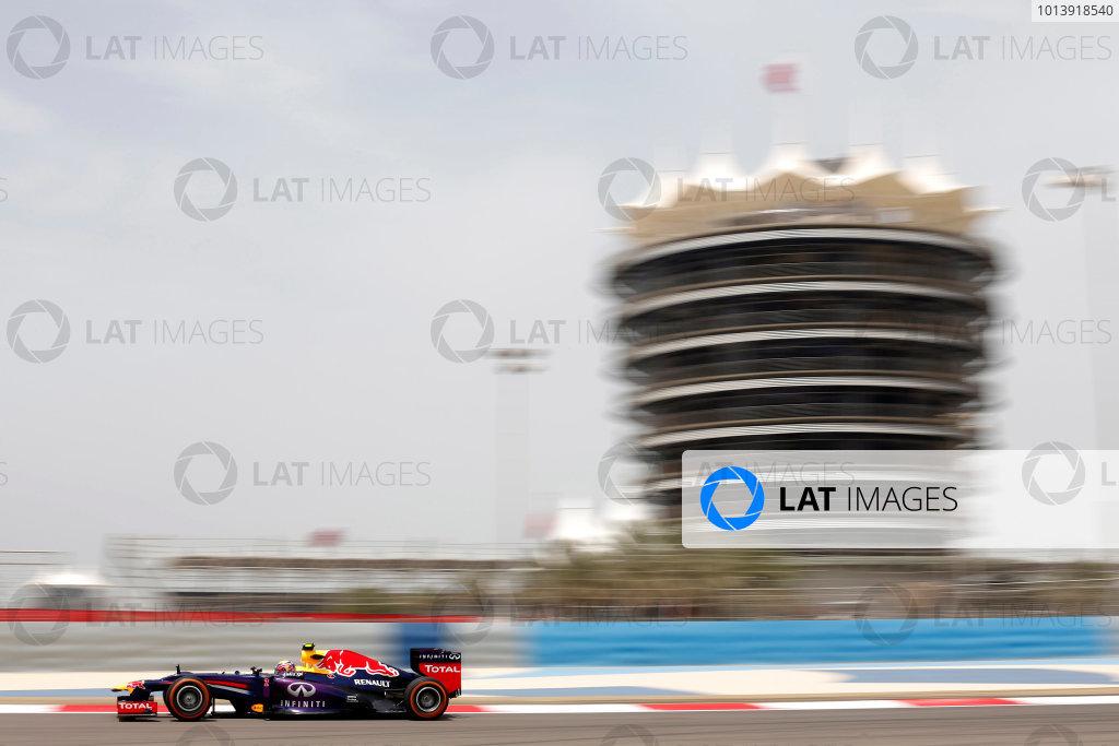 Bahrain International Circuit, Sakhir, Bahrain Friday 19th April 2013 Mark Webber, Red Bull RB9 Renault.  World Copyright: Andrew Ferraro/LAT Photographic ref: Digital Image _79P9401