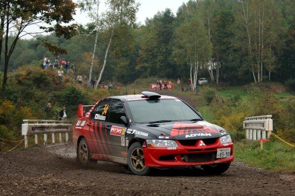 2005 FIA World Rally Championship, Rally Japan, September 29 - October 2, 2005.Obihiro, Japan.Leg 2.Fumio Nutahara JPN) on stage 17.Digital Image
