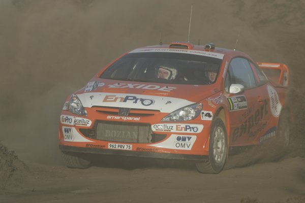 2006 FIA World Rally Champs. Round 6Rally Argentina. 27th-30th April 2006Henning Solberg, Peugeot, action.World Copyright: McKlein/LAT