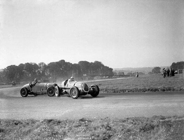 "1936 Donington Grand PrixDonington Park, England. 3 October 1936.""B Bira"" (Maserati 8CM), 5th position, collides with Hans Ruesch/Dick Seaman (Alfa Romeo Tipo-C 8C-35), 1st position.World Copyright - LAT Photographic. Ref: Autocar Glass Plate C10058."