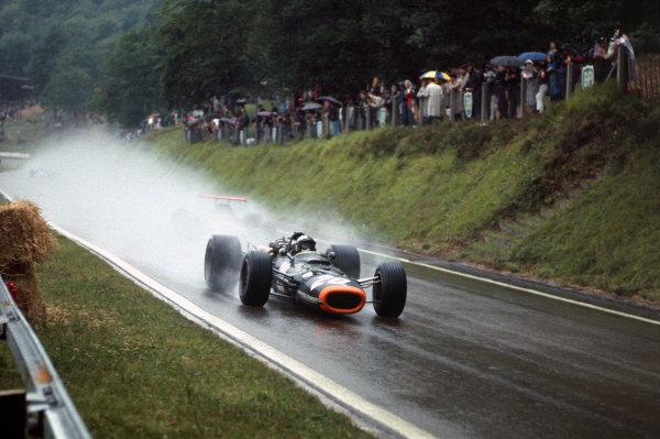Rouen-les-Essarts, France. 7 July 1968. Pedro Rodriguez (BRM P133-BRM), action. World Copyright: LAT Photographic Ref: 68FRA24.