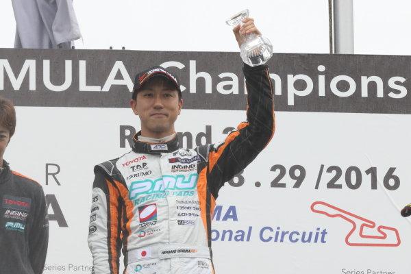 2016 Japanese Super Formula. Okayama, Japan.  28th - 29th May 2016. Rd 2. Winner Hiroaki Ishiura ( #1 P.MU/CERUMO ? INGING SF14 ) podium World Copyright: Yasushi Ishihara/LAT Photographic ref: Digital Image 2016SF_Rd2_005