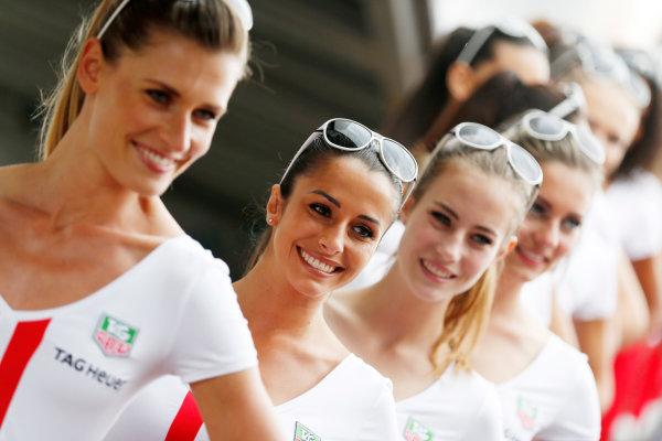 Monte Carlo, Monaco. Saturday 23 May 2015. Grid Girls. World Copyright: Alastair Staley/LAT Photographic. ref: Digital Image _R6T1201