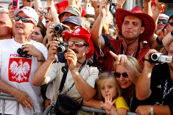Hungaroring, Budapest, Hungary31st July 2008Polish fans of Robert Kubica, BMW Sauber F1 08.World Copyright: Charles Coates/LAT Photographicref: Digital Image _26Y1180