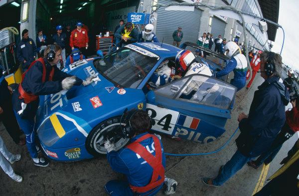 1995 Le Mans 24 Hours. Le Mans, France. 17th - 18th June 1995. Michel Ferte / Olivier Thevenin / Carlos Palau (Ferrari F40 LM), 12th position, action.  World Copyright: LAT Photographic. Ref:  95LMgg