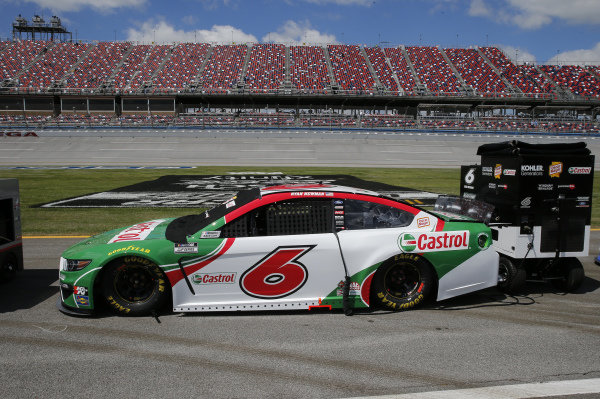 #6: Ryan Newman, Roush Fenway Racing, Ford Mustang Castrol