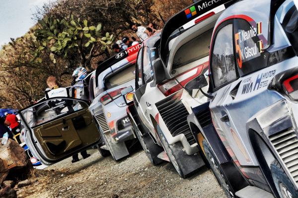 The cars of Thierry Neuville (BEL) / Nicolas Gilsoul (BEL), Hyundai Motorsport i20 Coupe WRC and Jari-Matti Latvala (FIN) / Miikka Anttila (FIN), Toyota Gazoo Racing Toyota Yaris WRC at World Rally Championship, Rd3, Rally Mexico, Preparations and Shakedown, Leon, Mexico, 8 March 2017.