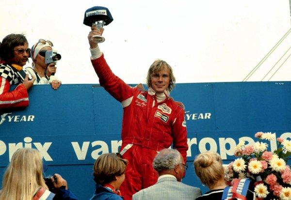 1976 Dutch Grand Prix. Zandvoort, Holland. 27-29 August 1976. James Hunt (McLaren Ford) 1st position. World Copyright - LAT Photographic Ref: 76HOL21