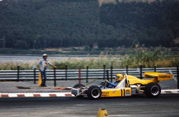 Harald Ertl, Chevron B29 BMW, driving without front bodywork.