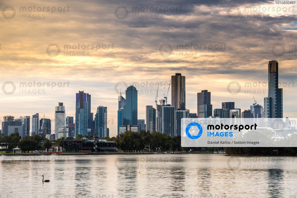 Skyline at Formula One World Championship, Rd1, Australian Grand Prix, Practice, Albert Park, Melbourne, Australia, Friday 24 March 2017. BEST IMAGE