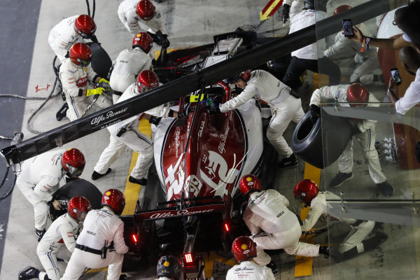 Antonio Giovinazzi, Alfa Romeo Racing C38, makes a pit stop