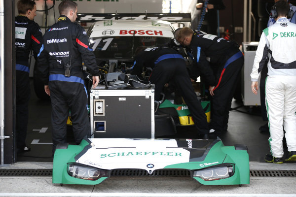 Marco Wittmann, BMW Team RMG, BMW M4 DTM with problems in the garage.