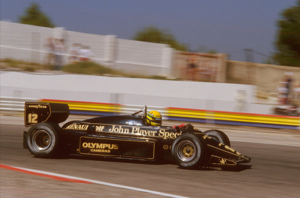 Paul Ricard, Le Castellet, France.5-7 July 1985.Ayrton Senna (Lotus 97T Renault). After being stuck in third gear and losing a lap, it wasn't until his engine broke sending him into the barriers spectacularly on lap 27 that he retired.Ref-85 FRA 13.World Copyright - LAT Photographic