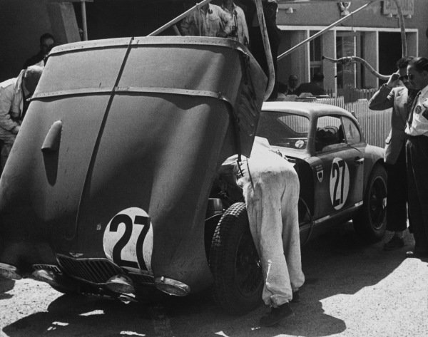 Le Mans, France. 25th - 26th June 1949.Arthur L. Jones/Nick Haines (Aston Martin DB2), 7th position, in the pits, portrait. World Copyright: LAT Photographic.Ref: Autocar Used Pic 1st July 1949 Pg 633.